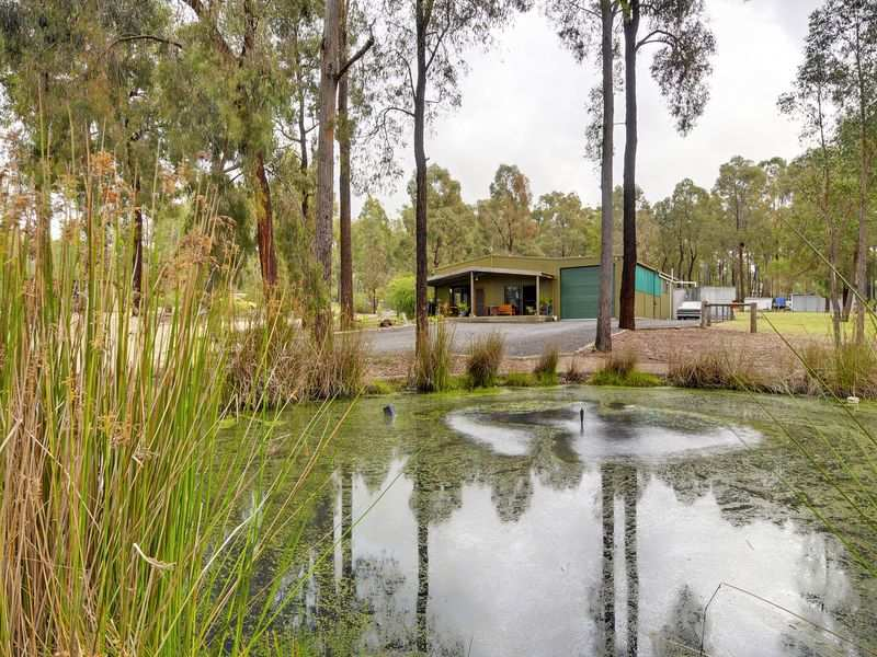 200 Johnsons Lane, Seaton, Vic 3858