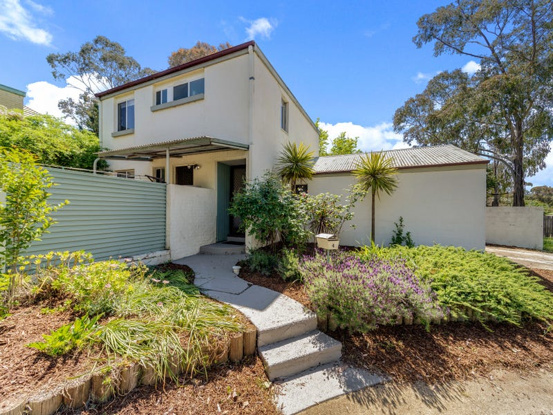 4 Horan Place, Spence, ACT 2615