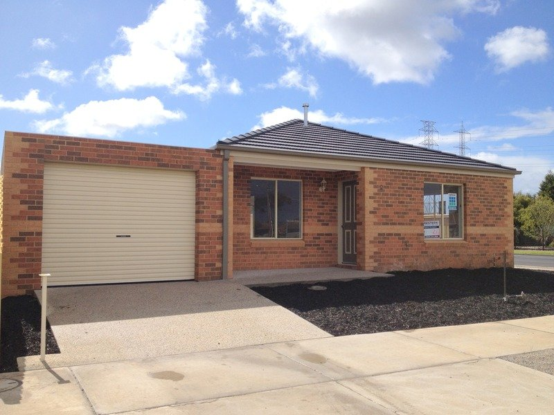 2 Phalaris Park  Drive, Lovely Banks, Vic 3213