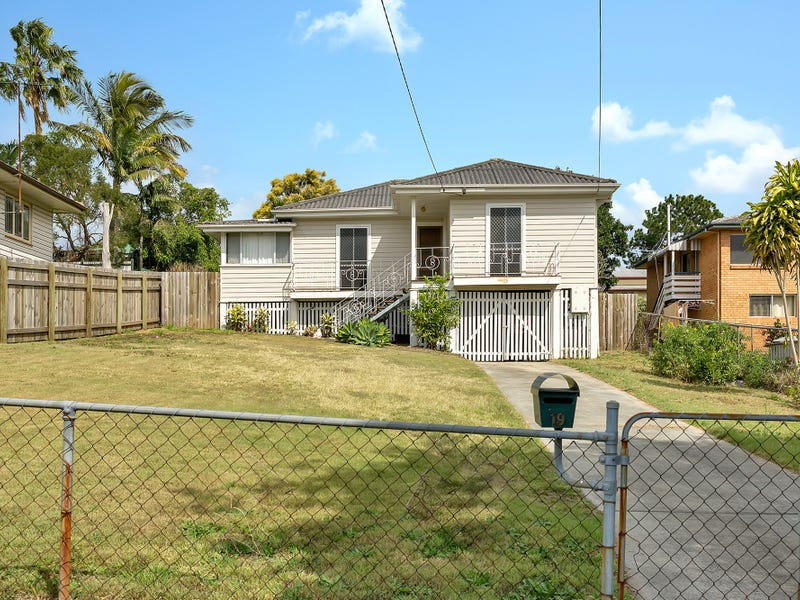 19 Bernays Road, Wynnum West, Qld 4178
