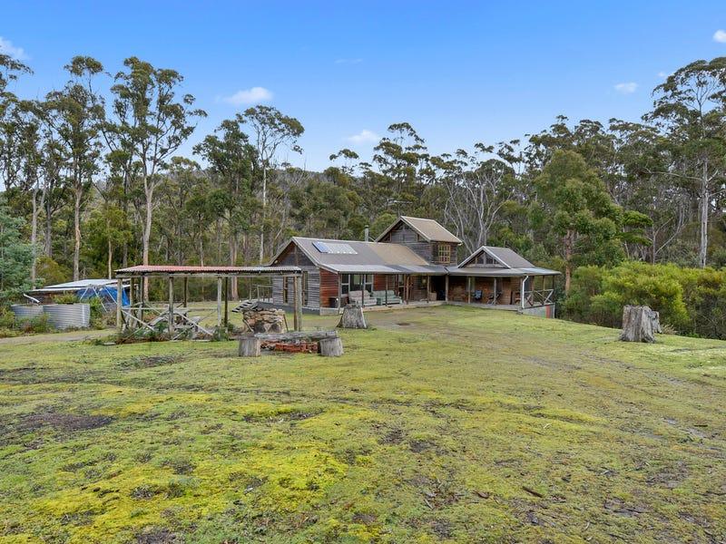 950 Roaring Beach Road, Nubeena, Tas 7184