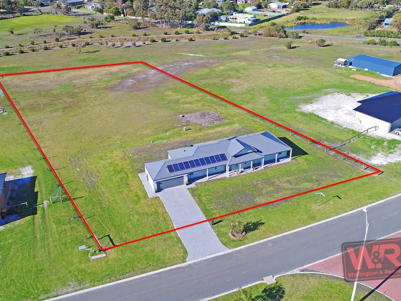 12 Hereford Way, Milpara, WA 6330