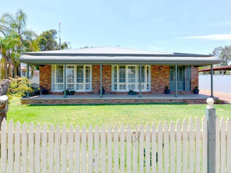 173 Palm Avenue, Leeton, NSW 2705