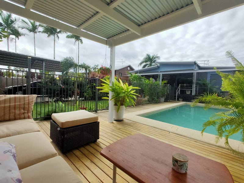 15 Buccaneer St, South Mission Beach, Qld 4852