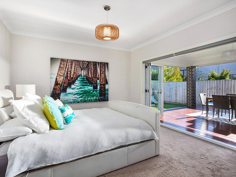 20 Samuel Close, Thirroul, NSW 2515