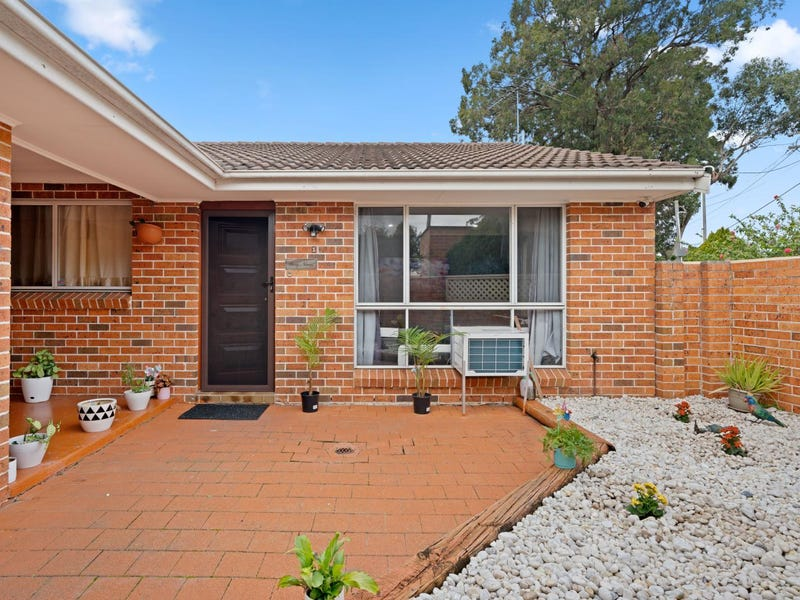 1/13 Doyle Road, Revesby, NSW 2212