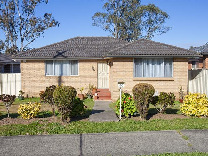 40 Hillview Parade, Lurnea, NSW 2170