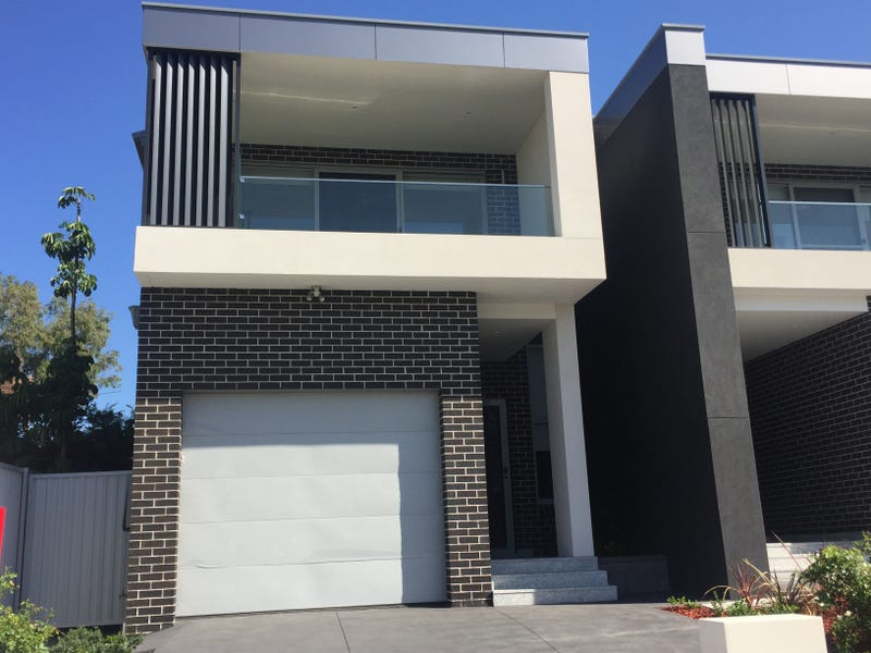 12 Isaac Street, Peakhurst Heights, NSW 2210