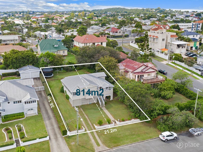 16 Daly Street, Camp Hill, Qld 4152