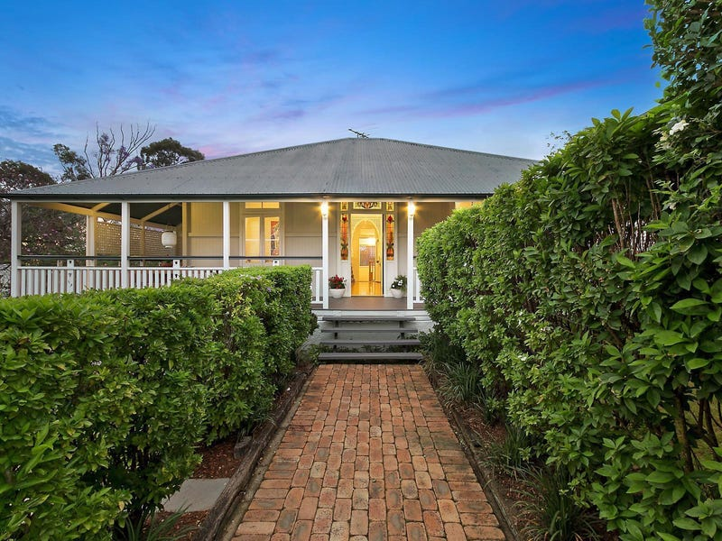 63 Clarence Road, Indooroopilly, Qld 4068
