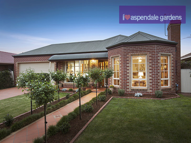 7 Bee Teng Court, Aspendale Gardens, Vic 3195 - Property Details Bee Houses Designs on signs designs, beehive plans and designs, box house designs, luxury pool house designs, food designs, cat house designs, bird designs,