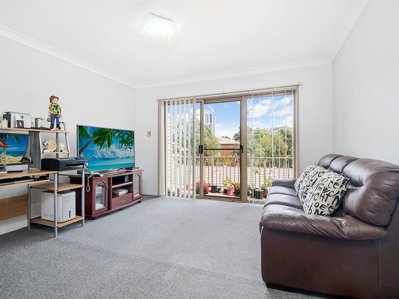 16/2  Riverpark Drive, Liverpool, NSW 2170