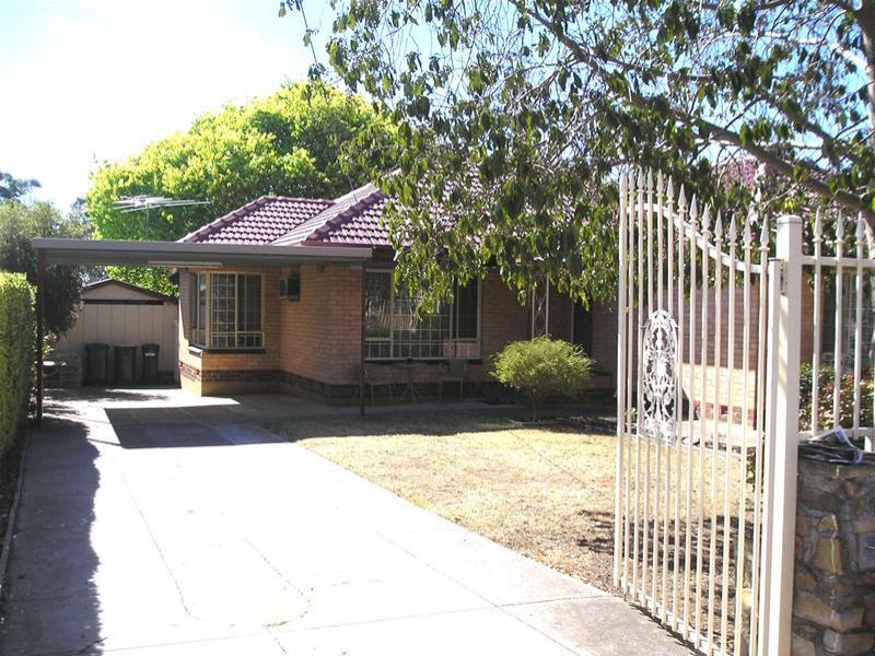 13 Hodge Road, Para Hills, SA 5096