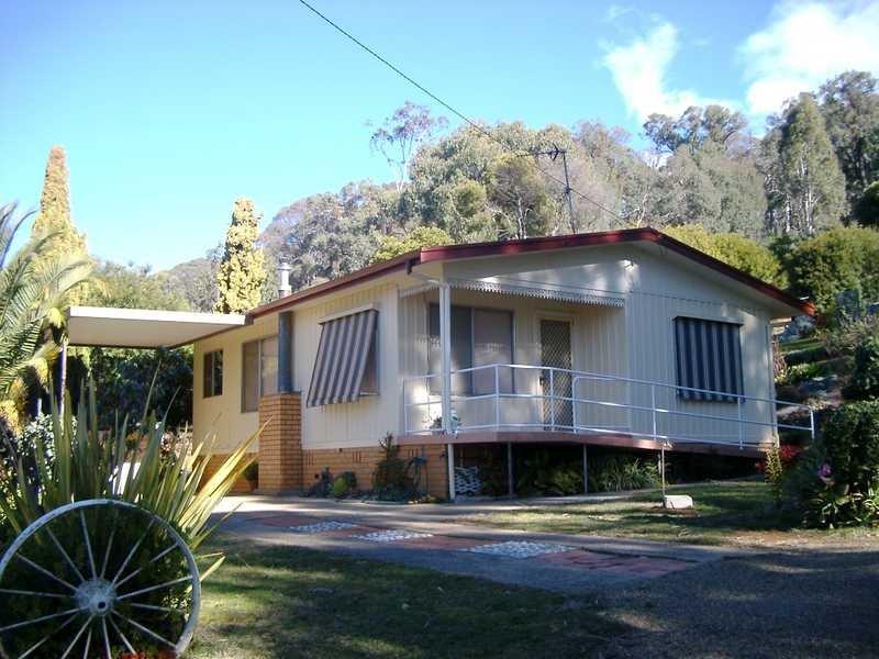 1 Tasma Street, Batlow, NSW 2730