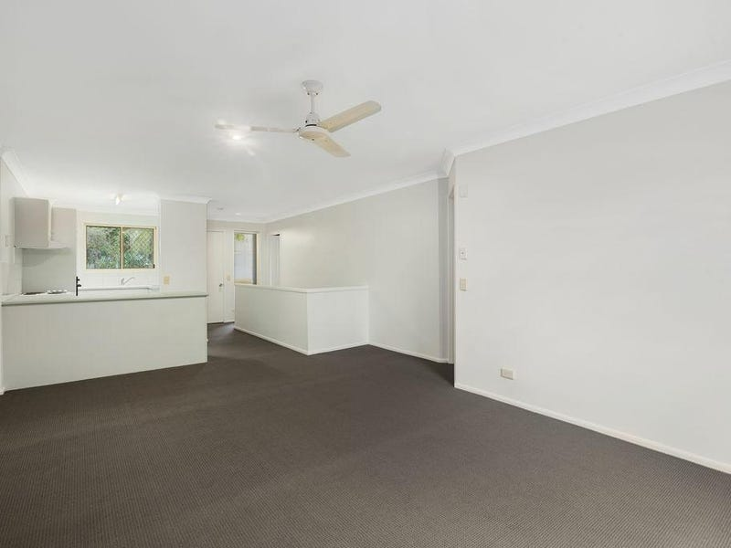 13/2 Simpsons Road, Currumbin Waters, Qld 4223