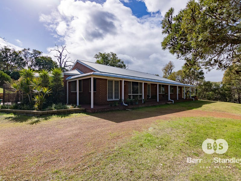 15 Australind Road, Leschenault, WA 6233