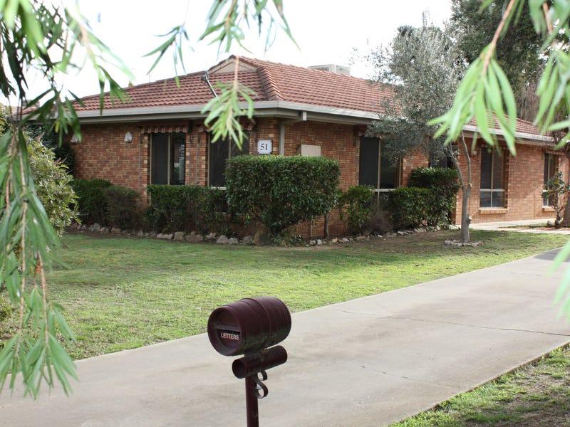 51 Federation Avenue, Corowa, NSW 2646