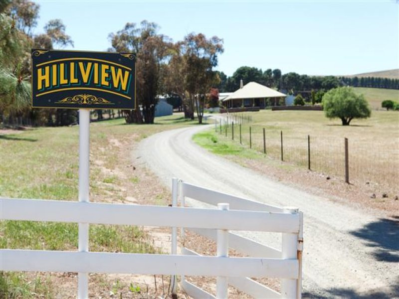 'Hilllview' Weckert Road, Clare, SA 5453