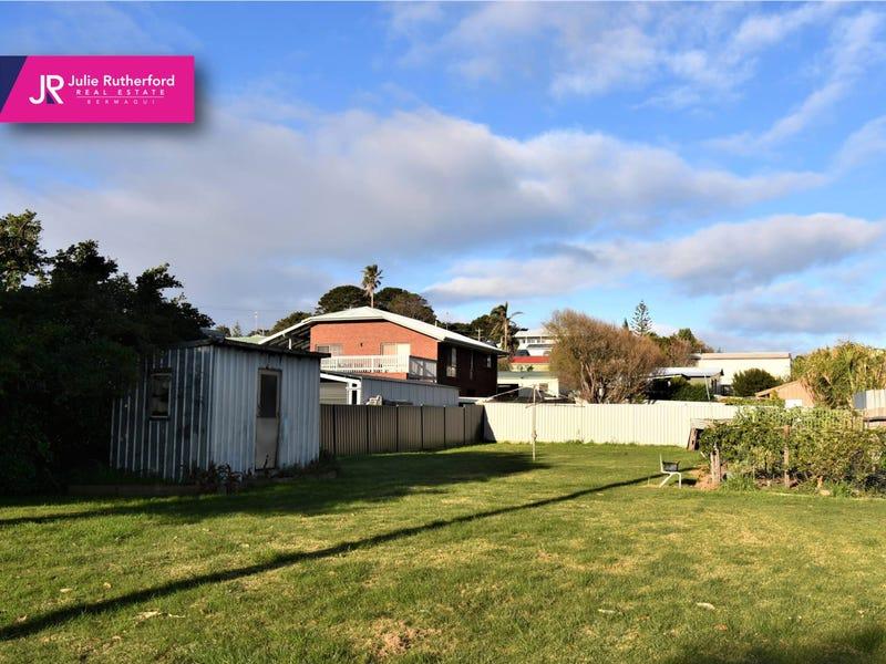 11 Bunga Street, Bermagui, NSW 2546