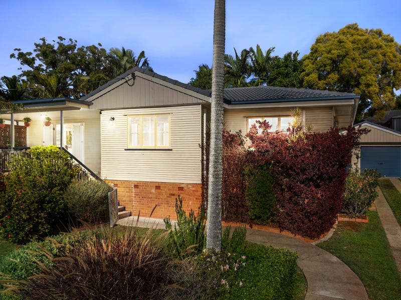 3 David Road, Holland Park, Qld 4121