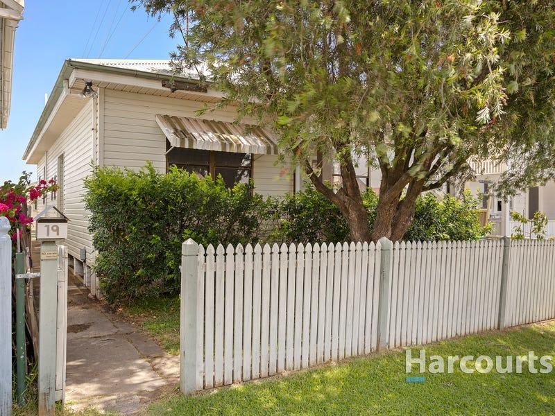 19 Thomas Street, Mayfield, NSW 2304