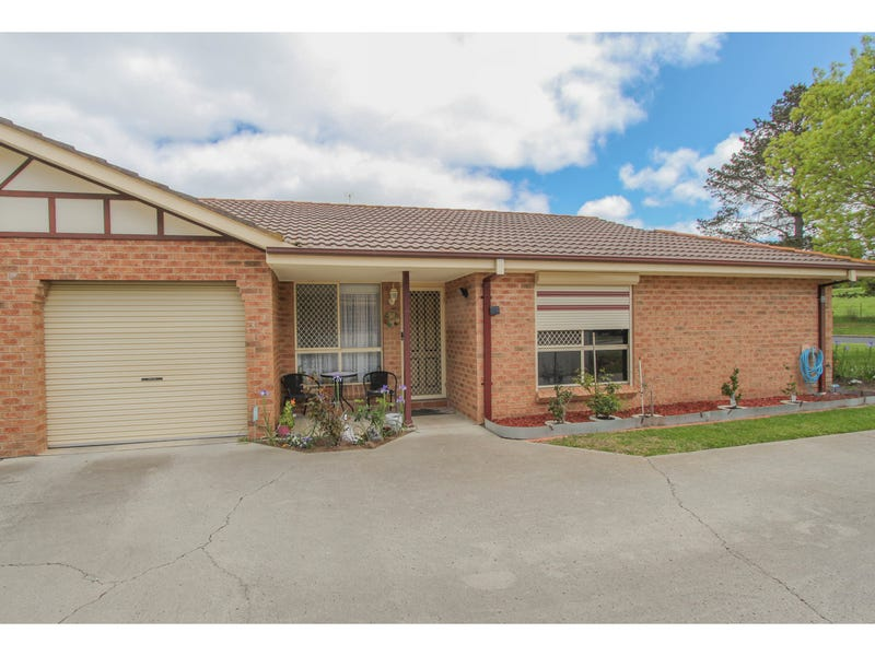 1/64 Bonnor Street, Kelso, NSW 2795