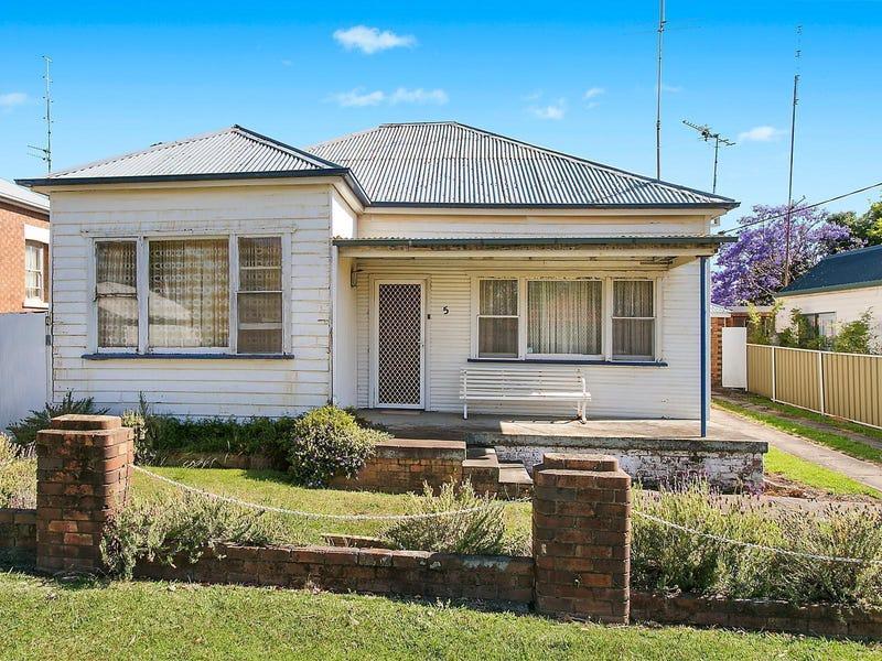 5 Stanhope Street, Woonona, NSW 2517