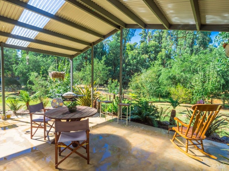 523 Marysville Road, Narbethong, Vic 3778