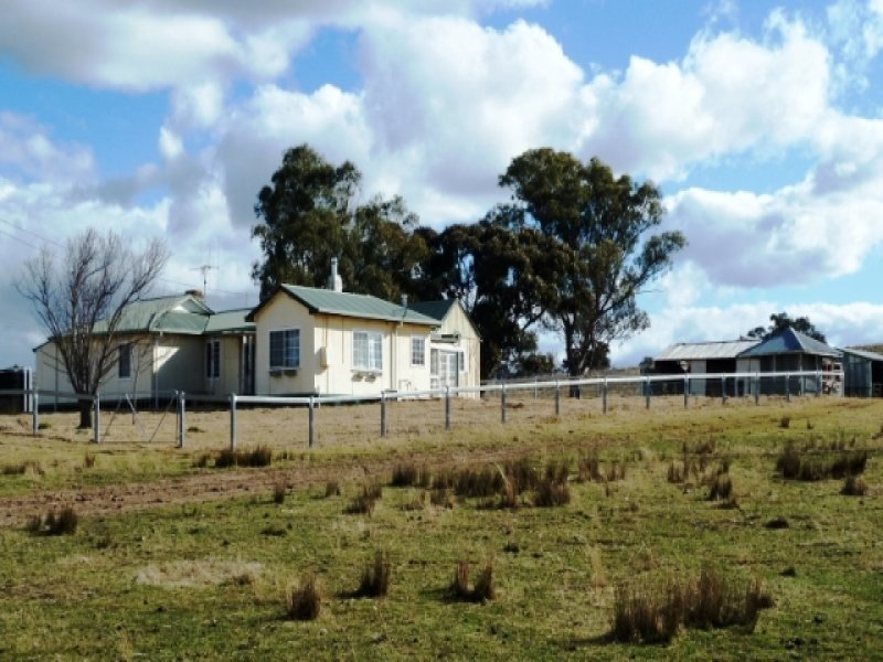 * 'Warnecliffe' 171 Shepherds Creek Road, Euchareena, NSW 2866