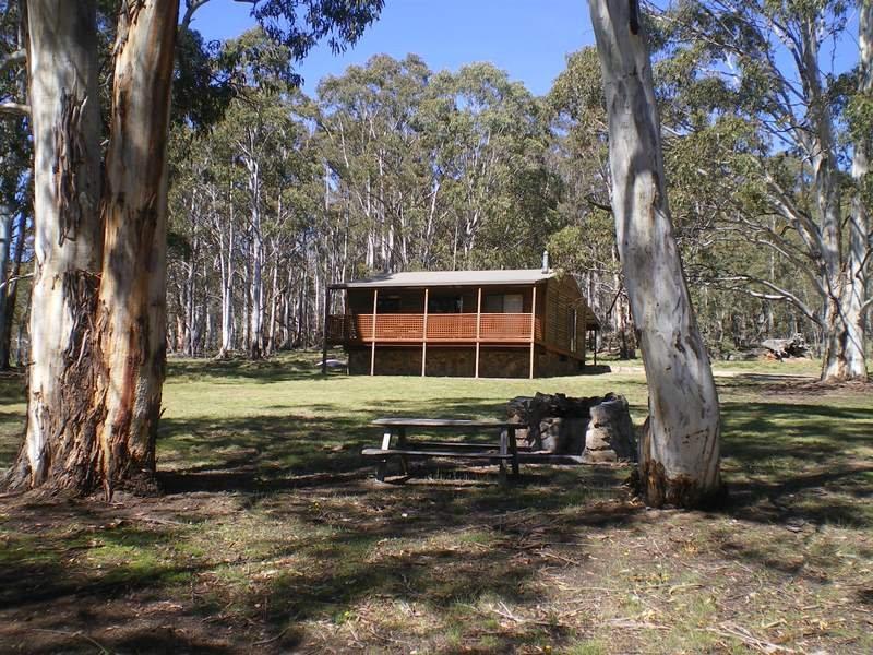 Gooandra Alpine Cottages Snowy Mnts Hwy, Adaminaby, NSW 2629