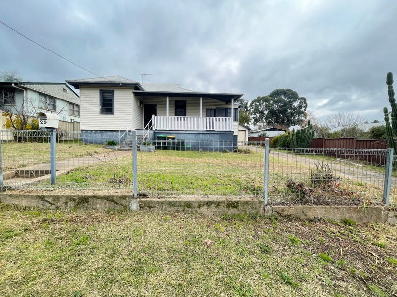29 Yass Street, Young, NSW 2594