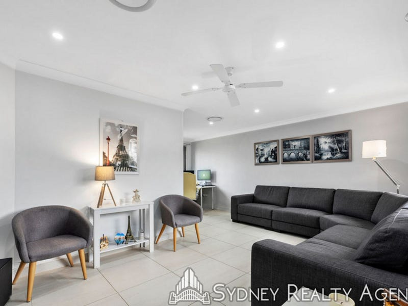5 Riesling Place, Eschol Park, NSW 2558