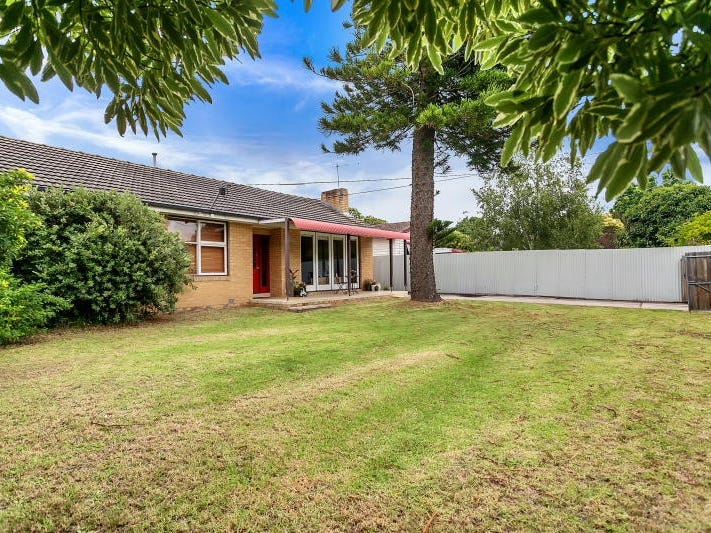 16 Heatherhill Road, Frankston, Vic 3199