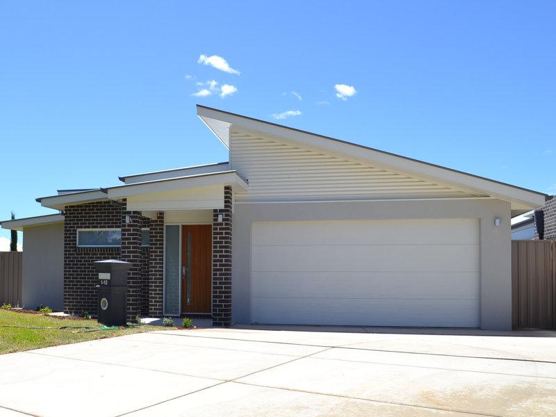 Unit 2/12 Trumper Street, Boorooma, NSW 2650