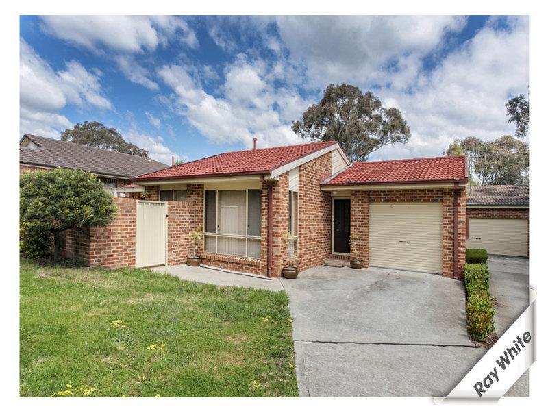1/15 Darmody Place, Jerrabomberra, NSW 2619