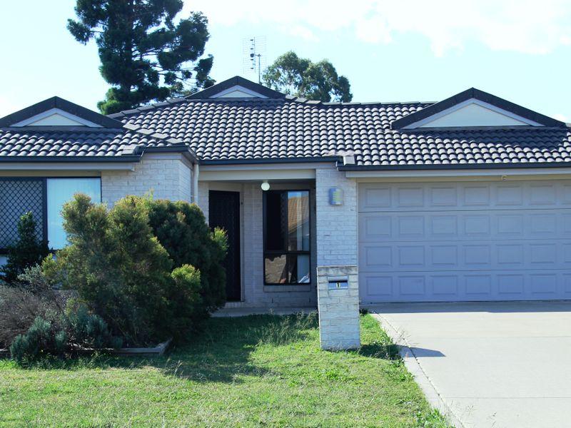 1 Oasis Drive, Kingaroy, Qld 4610