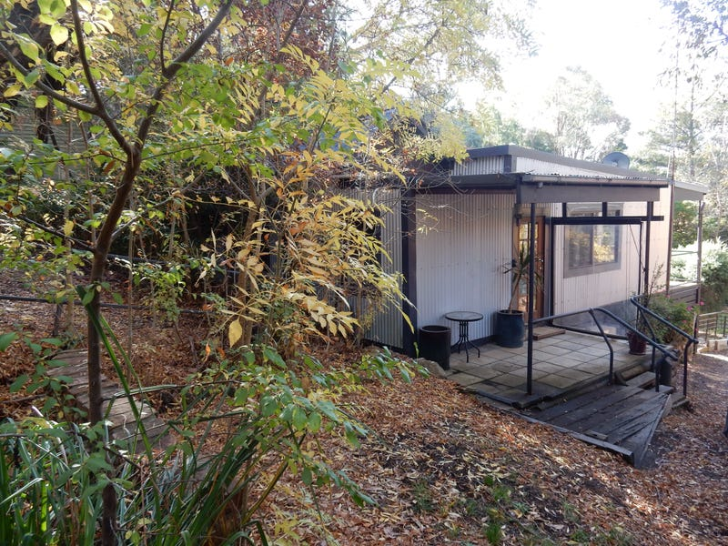 43 Hepburn Road  FULLY FURNISHED ONLY, Daylesford, Vic 3460