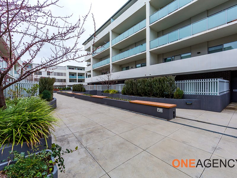 220/142 Anketell Street, Greenway, ACT 2900