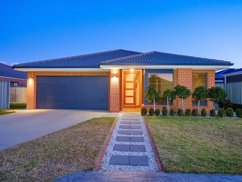 15 Harvard Place, Thurgoona, NSW 2640