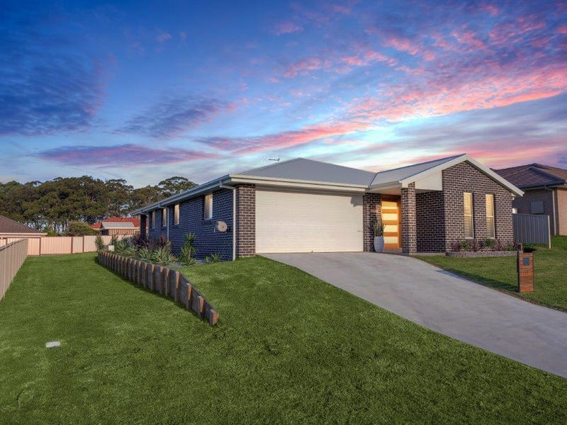 11 Meadows Close, Hallidays Point, NSW 2430