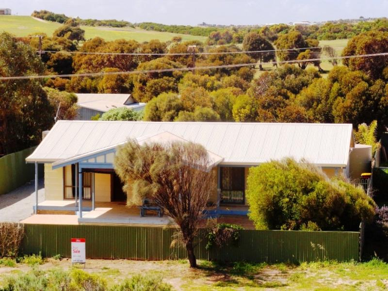 22 Little Bay Road, Elliston, SA 5670