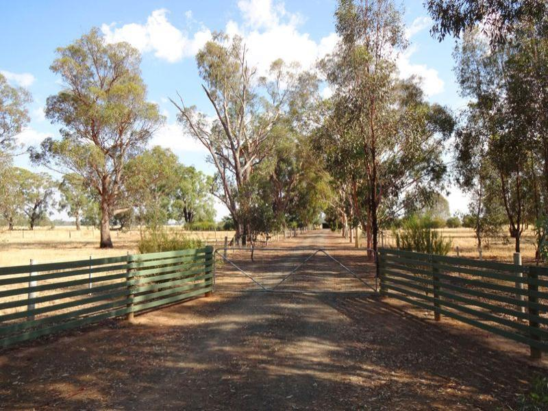 1689 Dookie Devenish Road, Devenish, Vic 3726