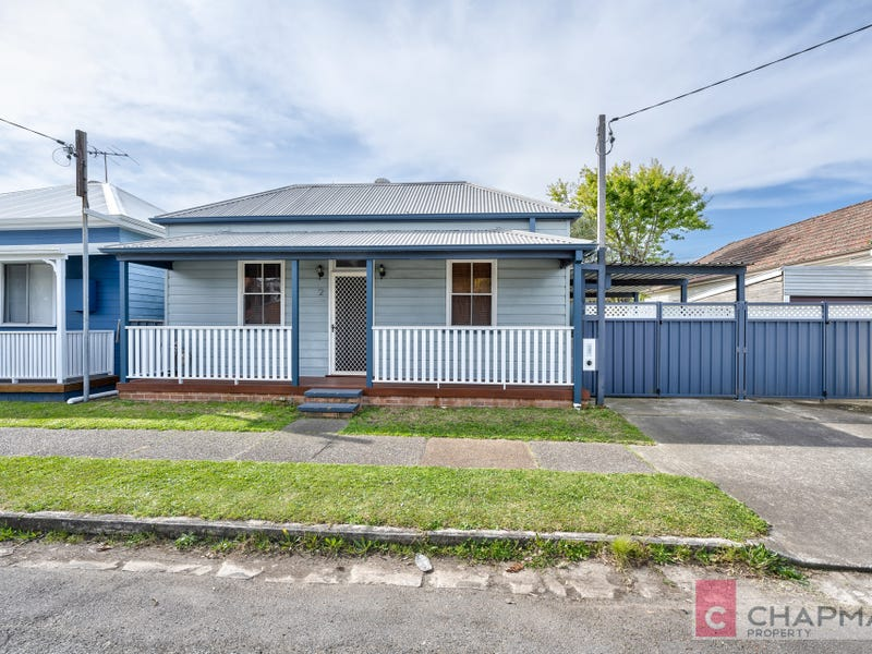 2 Young Road, Broadmeadow, NSW 2292