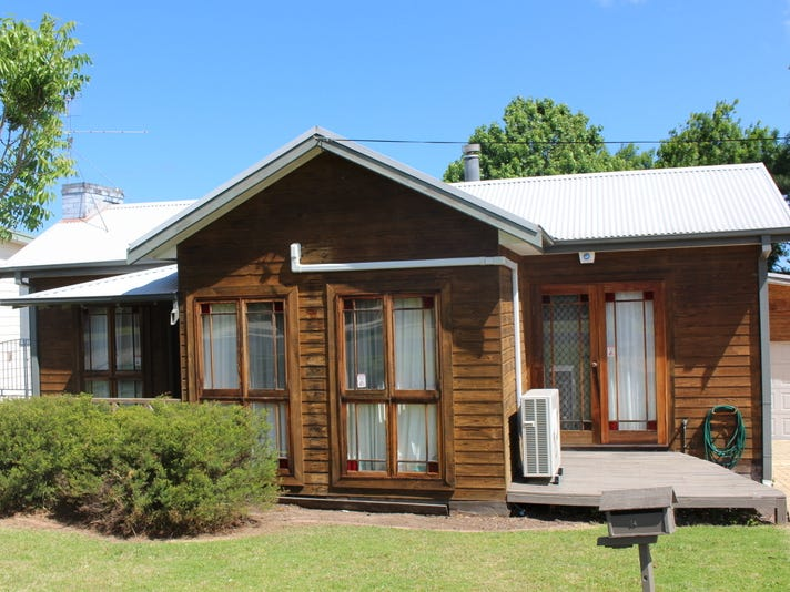 14 Wattle Crescent, Batehaven, NSW 2536
