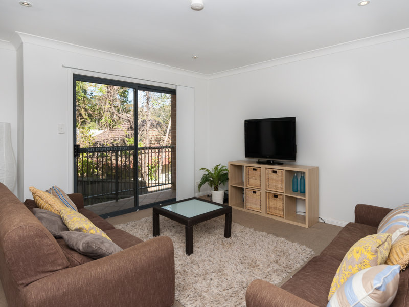 3/16 Whiting Avenue, Terrigal
