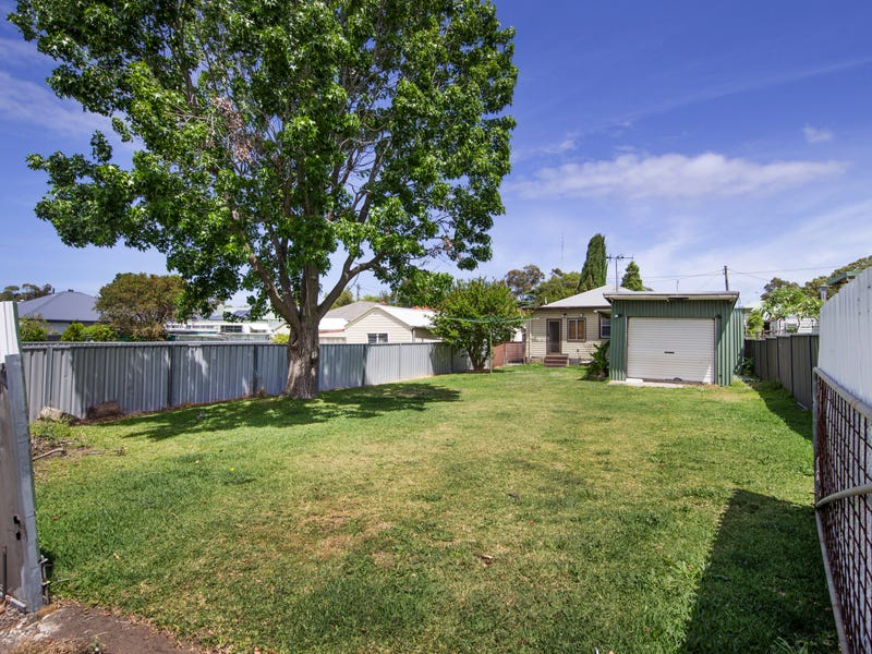 70 Young Rd, Lambton, NSW 2299