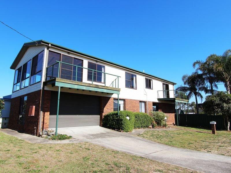 125 Beach Street, Harrington, NSW 2427