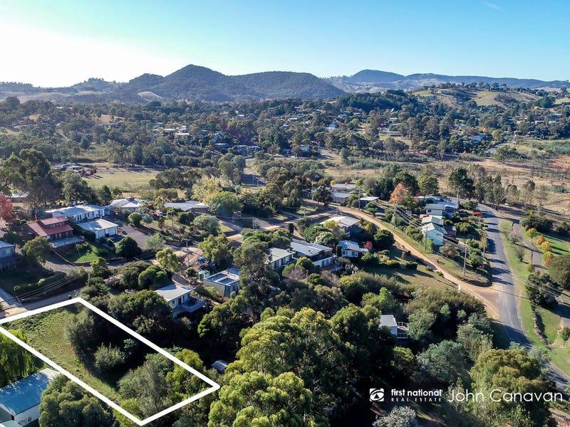 9 Hills Road, Goughs Bay, Vic 3723