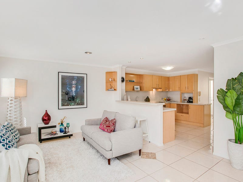 1/206 Jefferson Lane, Palm Beach, Qld 4221