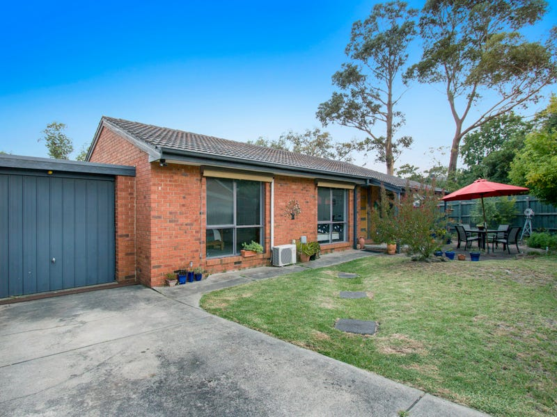 2/12 Gulwa Avenue, Frankston, Vic 3199